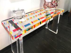 cast acrylic console pixel by Poliedrica